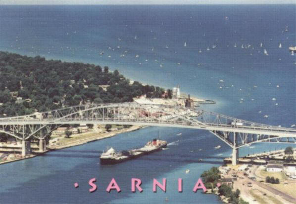 Sarnia (ON) Canada  City pictures : Tanker Passes Under Bluewater Bridges